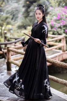 Original Design Heavy Industry Embroidery Black And White Chinese Hanfu