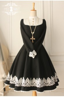 Black Vintage Castle Girl Woolen Long Sleeves Classic Lolita Dress