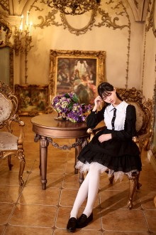 Black Starry Night Embroidery Lace Long Sleeves Classic Lolita Dress
