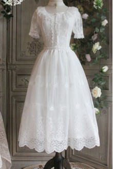 The Poetry Of Roses White Lace Yarn Embroidered Long Classic Lolita Petticoat