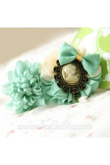 Lolit Green Flower with Beauty Head Detailing Cute Barrette