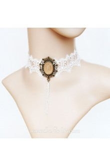Lolita White Cameo Louvre Opera Lace Nnecklace