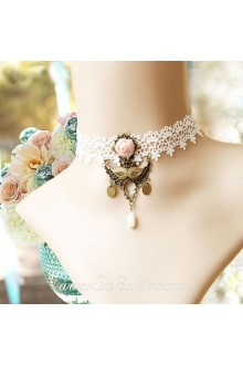 Lolita Masked Queen Vintage Lace White Floral Necklace