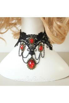 Lolita Vintage Cameo Fringed Lace Vampiric Necklace