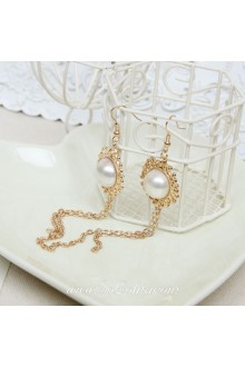 Lolita Pop Fashion Pearl Golden Tassel Palace Earring